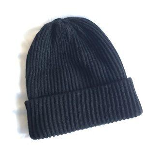 ZARA Black knit beanie